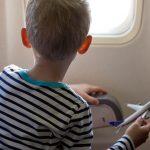 Peut-on voyager seul quand on est mineur ?